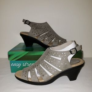 Easy Street Comfort Wave Heels